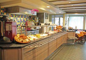 hotel-sternen-bookingcom-fruehstueck-03